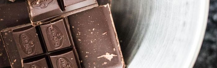 Dark chocolate and its ability to protect the brain and the neuroplasticity