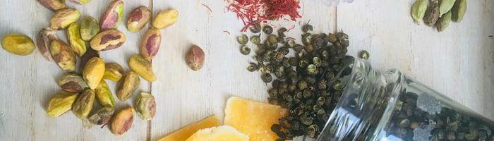 Dried fruit against cell degeneration