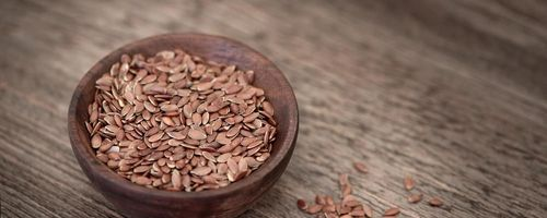 Flaxseed oil for the health of retina