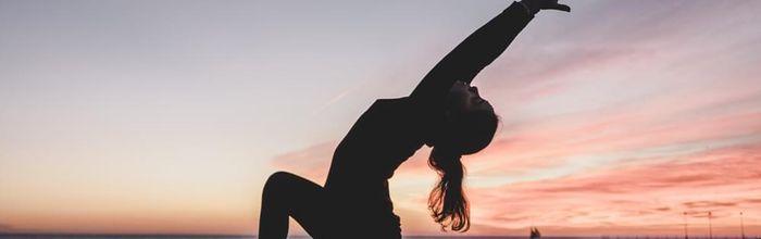 Mal di schiena? Ci sono yoga e tai chi
