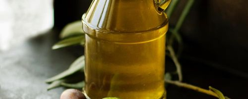 From Harvard University: nuts and olive oil lower heart disease risk