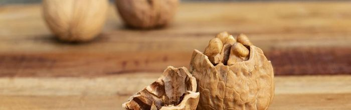 How 10 walnuts per day protect the health of heart and gut