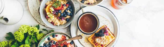Una colazione abbondante contro il sovrappeso e la glicemia alta