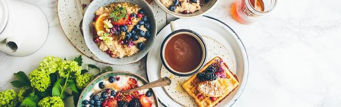 A hearty breakfast against overweight and high blood sugar level