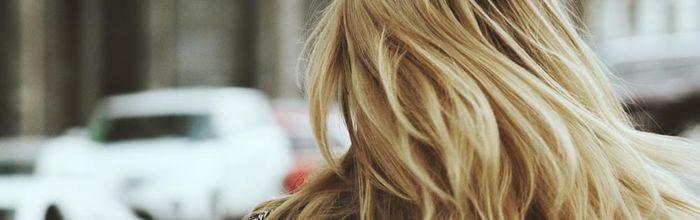 Macchie, rughe e perdita di capelli? Potrebbe essere colpa dell'inquinamento