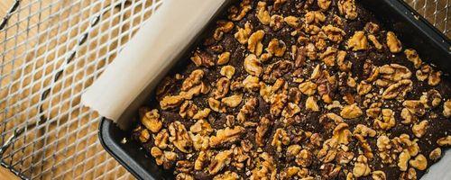 Tortino rustico al cioccolato e noci