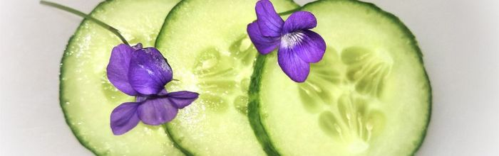 Slow cosmetique, not only in salads, the properties of cucumber for skin and eyes