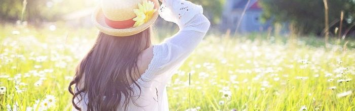 The table in spring and summer, how to protect the skin from photoaging