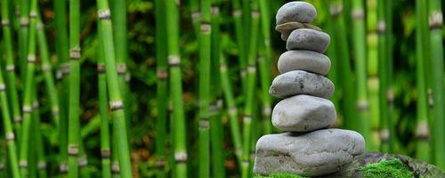 Yoga e meditazione aiutano a ridurre la pressione sanguigna, anche in caso di ipertensione