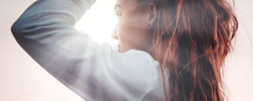 Ausdünnung der Haare und Haarausfall? Vielleicht ist die Ursache eine fettreiche Diät