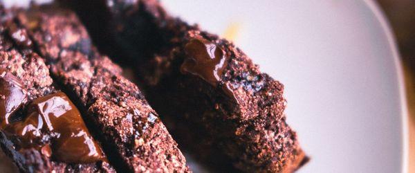 Banana bread al caffè e cioccolato, una colazione che dà lo sprint a muscoli e cervello