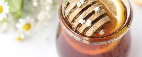 Miele, proprietà e benefici di questo superfood