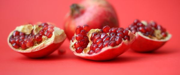 Pomegranate, the superfood with anti-aging, anti-inflammatory and antiviral properties