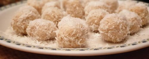 Delicious white chocolate and almond truffles… waiting for midnight