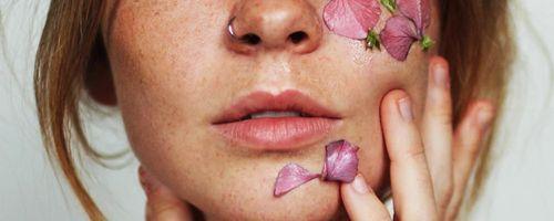 Slow Cosmetique, piccoli gesti per rassodare il viso