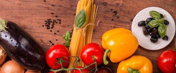 Maccheroni pasta in yummy vegetable sauce