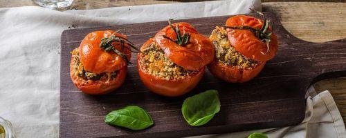 Quinoa gefüllte Tomaten