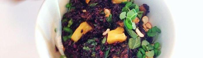 Black rice with red pesto and marinated tofu