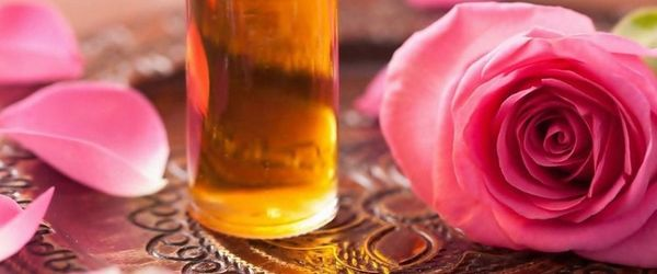 Natural cosmetics, like kings and queens Part 11, Rose infused oil worthy of the Gods of Olympus