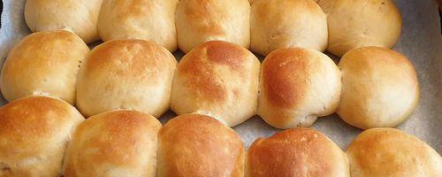 Frühstück Brioches
