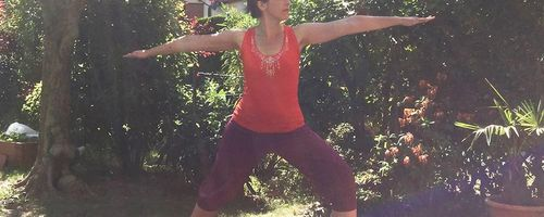 Virabhadrasana 2 (Warrior pose 2)