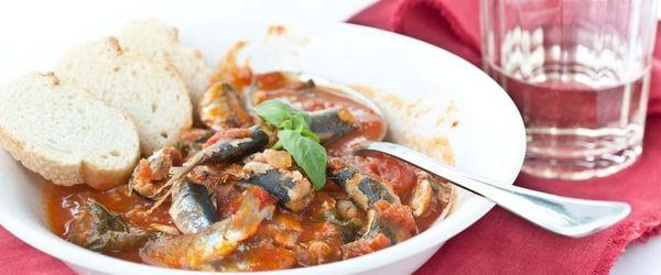 Traditional anchovy soup of Grandma Lina