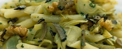 Penne Pasta mit Artischocken und Escarole