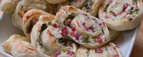Mini vegetable pies in fillo pastry