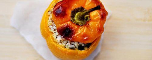 Bulgur gefüllte Paprika