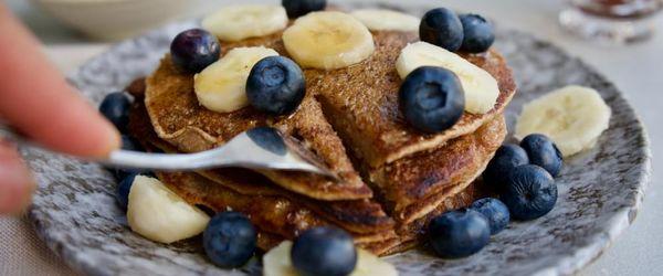 Banana blueberry coconut pancakes
