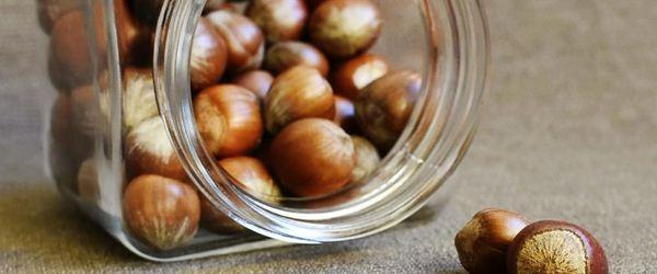 Olio di nocciole, incredibile olio di bellezza